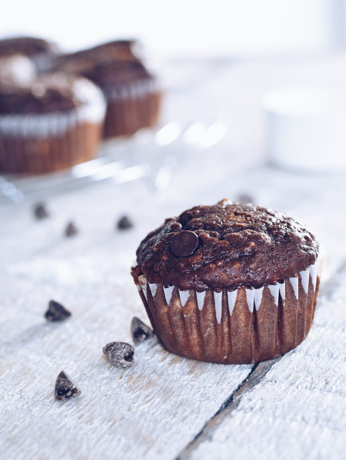 Muffin double chocolat décadent / Decadent but still healthy double chocolate muffins | www.cuisinedopamine.com